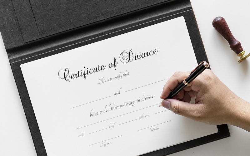 https://www.busby-lee.com/familylawblog/wp-content/uploads/2012/11/certificate_divorce.jpg - Houston Bancruptcy Lawyer
